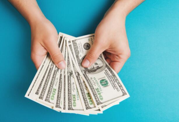 每个人都需要在其投资组合中进行的3项不可阻挡的投资