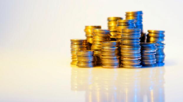 与传统的加密货币相比 稳定的货币波动较小