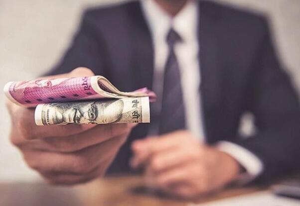 截至9月6日 价值卢比的所得税退款 已发行7012亿