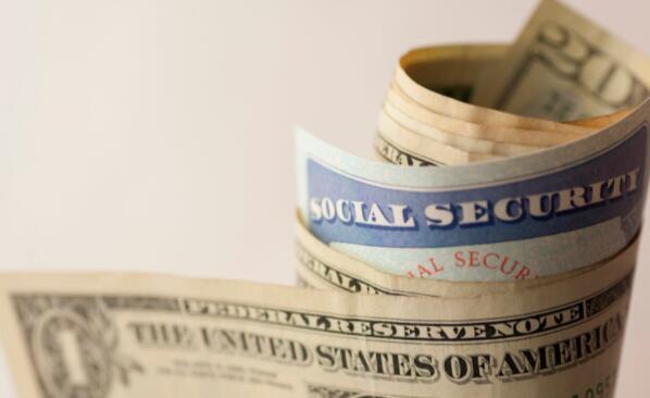 你能靠平均每月的社会保障福利生活吗